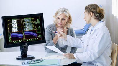 Wirbelbruch bei Osteoporose