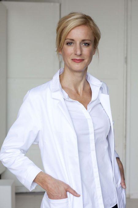 Dr Konstanze Kuchenmeister