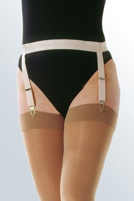 Suspender belt