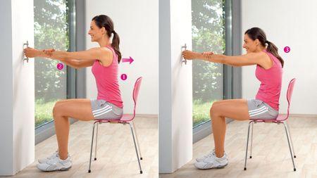 Растяжение мышц плечевого пояса