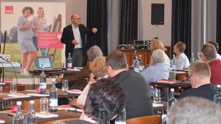 Seminarleiter Prof. Dr. med. Gerd Rudolf Lulay