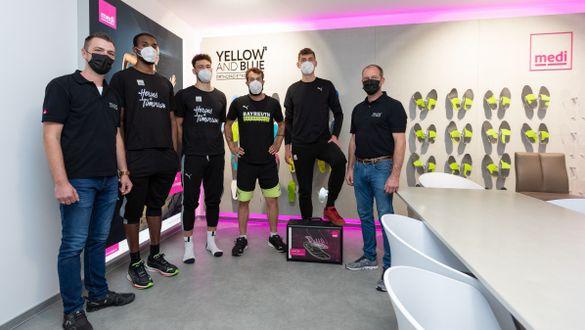 medi Einkleidung der medi bayreuth Basketballer