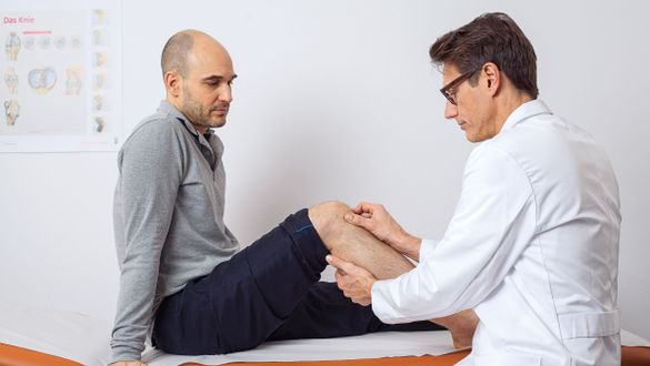 Sports medicine specialist: Prevention and therapy of sports injuries