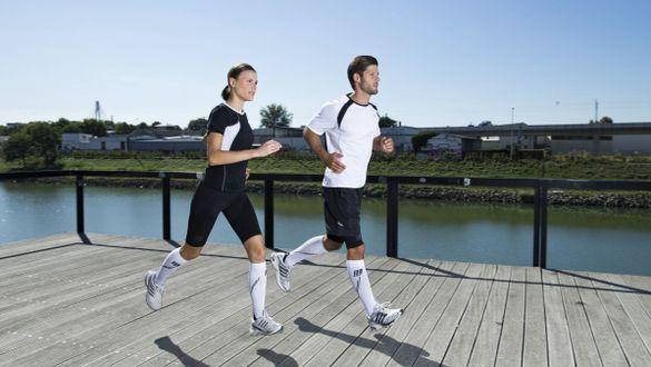 La course à pied met le corps en mouvement et brûle des calories
