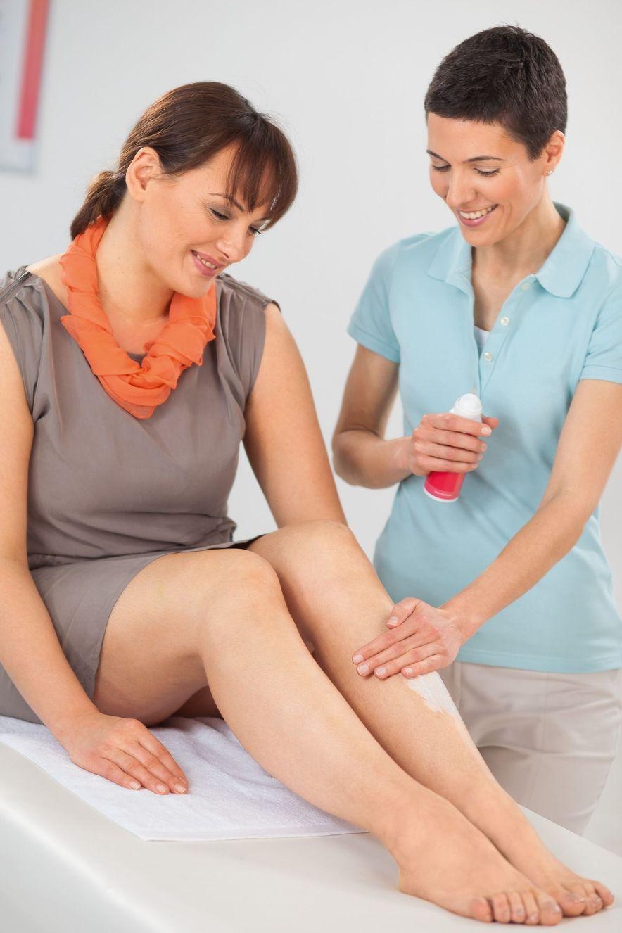 Beratung von medi Pflegeprodukten im Fachhandel