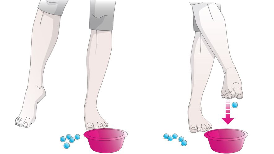 Exercises for the feet: picking up marbles