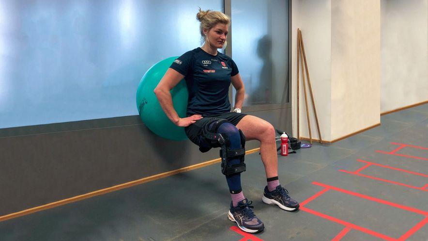 Leni Schmotz wears the medi Rehab one compression stocking