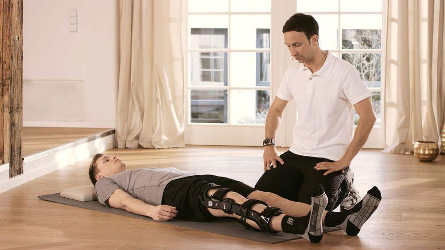 Початкове положення: лежачи на спині