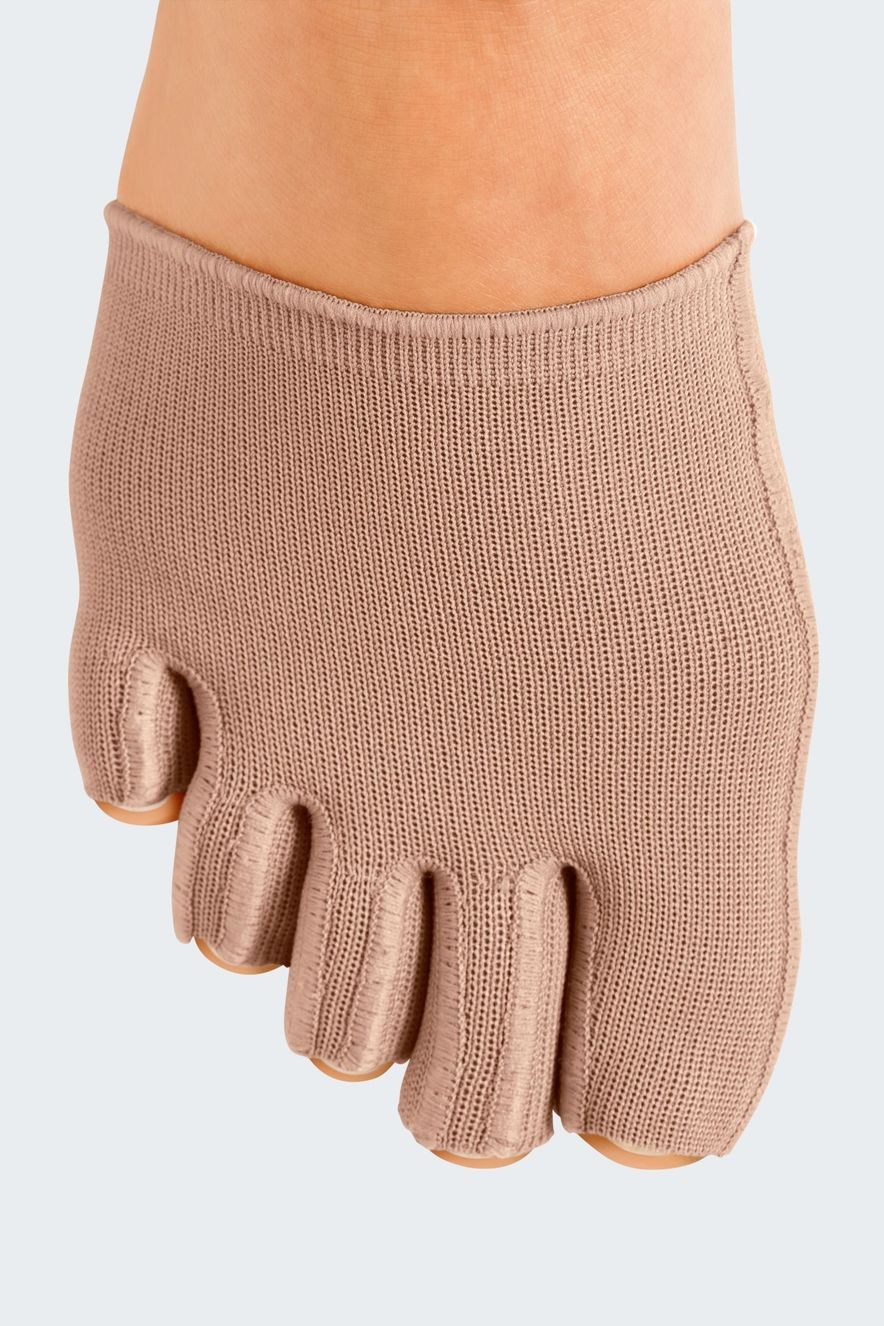 Individual toe cap with open toes