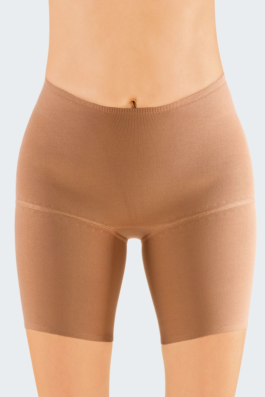 Knitted band: Fully-knitted waistband with stable, knitted end band section