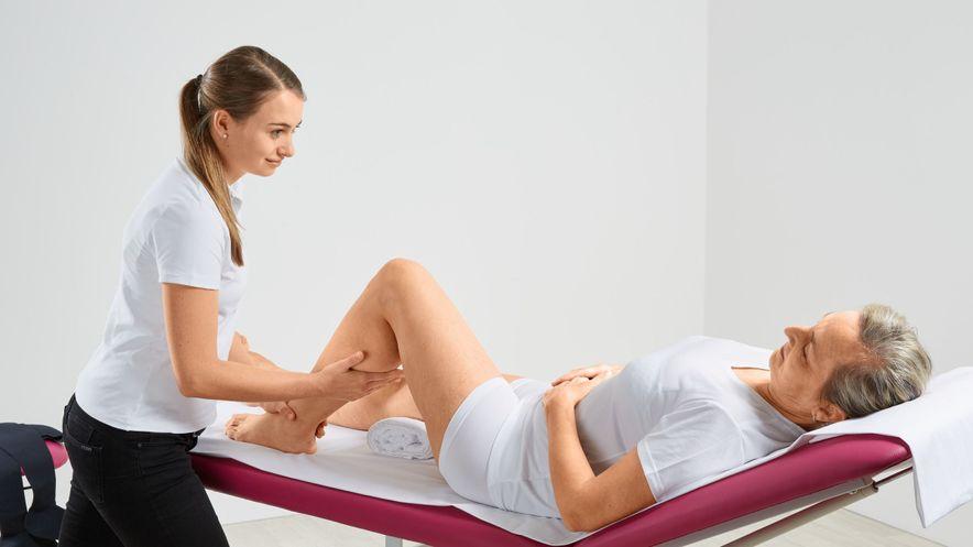 Manual lymph drainage: scoop technique